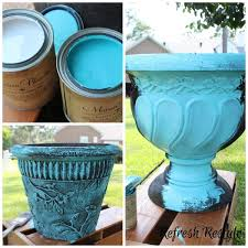 DIY planter and urn paint makeover with Maison Blanche Outdoor paint! Love  this gorgeous aqua