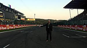 Formel 1 är en motorsportstävling där varje tävling benämns grand prix. I Survived Eau Rouge Die Besten Geschichten Der F1 Strecke In Belgien