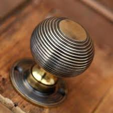 Antique brass front door knobs Keyed Entry Antique Brass Interior Door Knobs Willow And Stone Brass Beehive Door Knobs With An Aged Finish Antique Brass Interior Door Knobs Homestead Hardware Antique Brass Interior Door Knobs Satin Brass Door Knobs Brass Door
