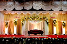 Bridal Stage Decoration Design Bangalore Stage Decoration Design 100 stage flower decoration 2