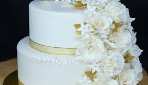 Anniversary Cake Decorating Photos