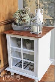 End table decor Narrow This End Table Is Decorated With Rustic Pieces That Reflect Farmhouse Style Like The Unskinny Boppy Tips For Decorating End Tables The Lazy Girls Timesaving Tips