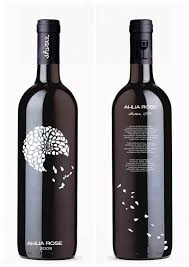 Simple Wine Label Designs Wine Label Df I Love How The Petals Go All Across Still