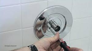 leaking bathtub faucet single handle bathroom faucet leaking water dripping from bathroom faucet leaking spout cartridge