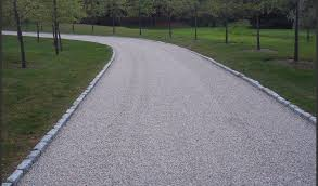 Liquid Asphalt Chip Stone Driveway With Edging Driveways Asphalt Driveway