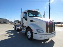 2016 peterbilt 579 day cab trucks