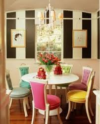well balanced color in the kitchen dining room