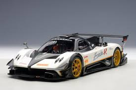 DTW Corporation | Rakuten Global Market: 2012 model Pagani Zonda R ...