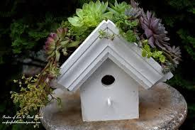 diy greenroof birdhouse ourfairfieldhomeandgarden com diy easy greenroof
