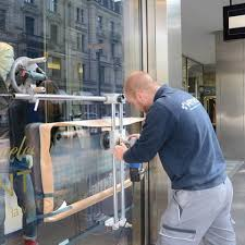 repairing scratched glass
