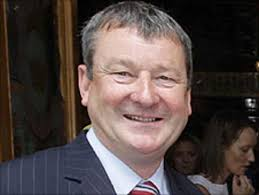 Hugh Wade stands down as Coleraine chairman - BBC Sport