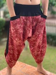 OTW <b>Men</b> Elastic Waist <b>Casual Loose Fit</b> Ethnic Print Capri Pants ...