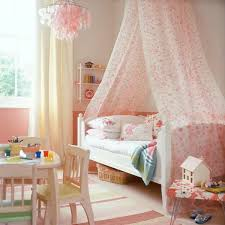 love the look of this canopy bed- maybe diy with vintage sheets ...