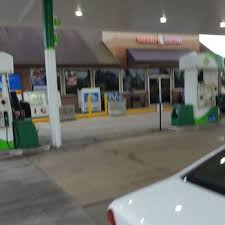bp gas stations 906 s dupont hwy