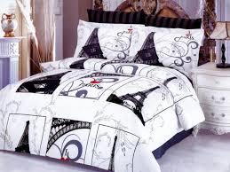 Paris Themed Wallpaper For Bedroom Romantic Paris Themed Bedding Ideas