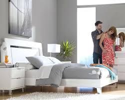 platform bedroom furniture platform bedroom set with accented headboard b furniture cosmo platform bedroom furniture set