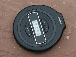 bose portable cd player. มีเฉพาะเครื่องเล่นแล้วก็สภาพตามรูปเลยครับ เพราะถ่ายมาจากตัวจริง อ่านเฉพาะ audio cd นะครับ(ได้ทั้งแผ่นแท้ และแผ่นไรท์ ) bose portable cd player