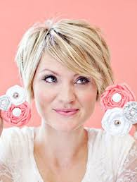 cute short hairstyles for women with thick hair