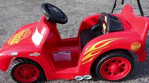 toy review power wheels lil lightning mcqueen