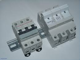 150 amp breaker box lowes square d 16circuit 8space 200amp main outdoor breaker box at 150 Amp Breaker Fuse Box