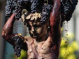 Resultado de imagen de fuente de la mora cariñena uvas
