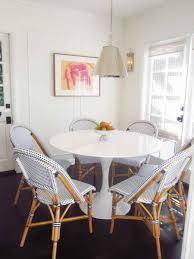 breakfast nook round table