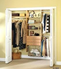 ideas para closets sin puertas 5 ias for creating a more organized closet space closets para