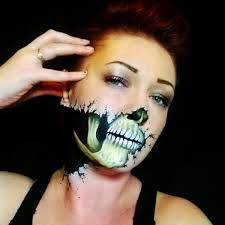 this makeup artist is all the scary you need 27 photos