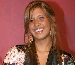 Michelle Salas, de 19 años, no está embarazada ni tiene planes de contraer matrimonio con Alejandro Asensi, manager del famosos cantante Luis Miguel. - michelle-salas