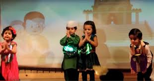 Independence Day Stage Performance by Kids in Step By Step School Jaipur -  YouTube