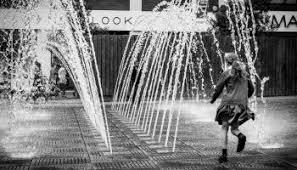 bampw street photography essay  glasgow uk  edge of humanity magazine bampw street photography essay   liverpool