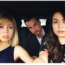 nathan kress and his brothers. jennette mccurdy jerry trainor miranda cosgrove nathan kress and his brothers