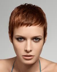 Coupe Cheveux Court Femme Pour Visage Long Coiffures à La