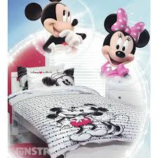 mickey loves minnie quilt cover set