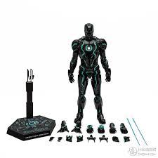 钢铁侠也能像黑豹一样黑又亮啦hottoys钢铁侠霓虹科技版mark 4 16可