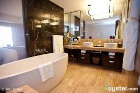 bathroom suite mandarin: mandarin executive suite at the mandarin oriental las vegas