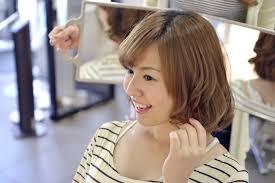 女子大学生の髪型なら大人可愛いパーマがおすすめ Montblanc