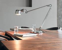 how to find the best desk lamp for your needs