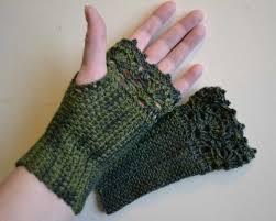 Crochet Gloves Pattern Adorable Crochet Gloves 48 Fingerless Glove Ideas Pinterest Crochet