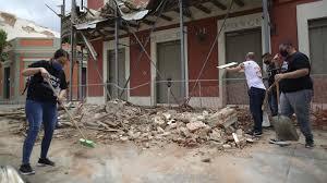 Erdbeben sind bodenerschütterungen, die folgen eines plötzlichen erdtektonische veränderungen, das heißt veränderungen in der struktur unserer erde, können also zu erdbeben führen. Schwere Schaden Puerto Rico Erdbeben Erschuttert Karibikinsel Mit Starke 5 4 Augsburger Allgemeine