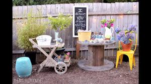 Backyard party decorating ideas