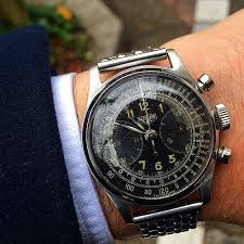 17 best ideas about tag heuer tag carrera 40 s military heuer for tokyovintagewatchcollector gmail com · vintage watches for menantique