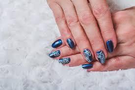 Modré Nehty Umění S Bílou Krajkou Stock Fotografie Selora 102865626