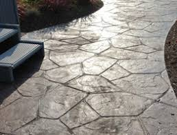 patio pavers or concrete poured natural looking39 patio