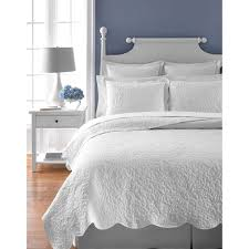 white quilt queen. Beautiful Quilt Martha Stewart Collection Whisper Leaves White Quilt On Queen H