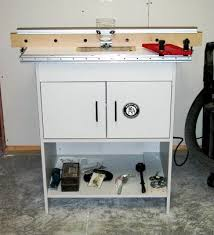 bench dog router table. the bench dog router table, with bosch 1615evs electronic plunge mounted. table c