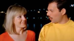 Queen: <b>Freddie Mercury</b> sings to 'soulmate' Mary Austin in 1986 video