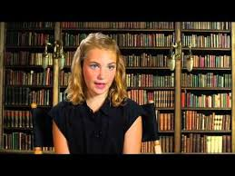 best liesel meminger images the book thief the book thief sophie nelisse liesel on set movie interview