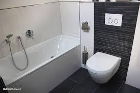 Graue Fliesen Im Badezimmer Badezimmer Fliesen Aktuelle Design
