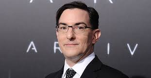 Takeaways on the Advantages of Being Stubborn: An Interview with ARRIVAL  Screenwriter Eric Heisserer - ScreenCraft